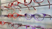 Le remboursement des lunettes par les complémentaires santé sera limité à 470 euros, selon un projet de décret du gouvernement [Denis Charlet / AFP/Archives]