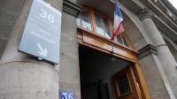 """Vue en date du 13 septembre 2013 de l'entrée du """"36 quai des Orfèvres"""" à Paris   [Jacques Demarthon / AFP/Archives]"""