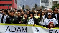Une marche en hommage à Adam Soli and Fatih Karakuss, à Grenoble le 6 mars 2019 [JEAN-PIERRE CLATOT / AFP]