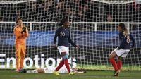 L'attaquante Kadidiatou Diani a clos le score pour les Bleues victorieuses du Japon en match amical, le 4 avril 2019 à Auxerre [Anne-Christine POUJOULAT / AFP]