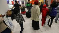 """La France a enregistré un peu plus de 100.000 demandes d'asile en 2017, un niveau """"historique"""" [Jacques Demarthon / AFP]"""