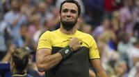 Matteo Berrettini célèbre sa victoire contre Gaël Monfils en quart de finale de l'US Open, le 4 septembre à New York. [Kena Betancur / AFP]