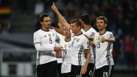 Toni Kroos auteur du 2e but de l'Allemagne face à la République tchèque en qualifications pour le Mondial, le 8 octobre 2016 à Hambourg [PATRIK STOLLARZ / AFP]