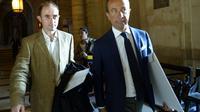 L'ex-lieutenant Médéric Bertaud et son avocat Alexandre Varaut à leur arrivée le 17 septembre 2015 à la cour d'assises de Paris   [Bertrand Guay / AFP/Archives]