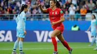 L'attaquante des Etats-Unis Alex Morgan auteure d'un quintuplé lors de la victoire 13-0 sur la Thaïlande à Reims lors du Mondial le 11 juin 2019 [Thomas SAMSON / AFP]