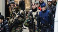 Policiers et militaires déployés le 20 novembre 2015 à Bruxelles [NICOLAS LAMBERT / BELGA/AFP]