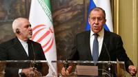 Les ministres des Affaires étrangères russe Sergueï Lavrov (droite) et iraien Mohammed Javad Zarif à Mosou le 8 mai 2019 [Alexander NEMENOV / AFP]