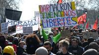 Marche des solidarités contre les violences policières à Paris, le 20 mars 2021 [Alain JOCARD / AFP]