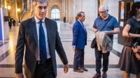 Jérôme Cahuzac à son arrivée au palais de justice le 13 septembre 2016 à Paris [LIONEL BONAVENTURE / AFP]