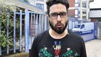 Jawad Bendaoud à sa sortie du tribiunal de Bobigny en avril 2018, après avoir été condamné pour des violences sur son ex-compagne [Alain JOCARD / AFP/Archives]