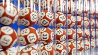Les boules de loto utilisées pour le tirage de l'Euro Millios [Joel Saget / AFP/Archives]