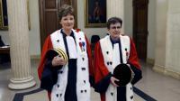 Chantal Arens, lz première présidente et Catherine Champrenault, la procureure générale de la cour d'appel de Paris posent avant une audience formelle, le 15 janvier 2017 à Paris [PATRICK KOVARIK / AFP/Archives]