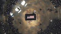 Le cercueil de John McCain au centre de la rotonde du Capitole, le 31 août 2018 à Washington  [Morry Gash / POOL/AFP]
