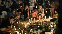 Veillée en l'honneur des victimes à Orlando le 13 juin 2016 [Brendan Smialowski / AFP]