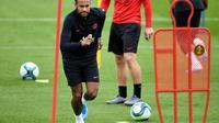 Le meneur brésilien Neymar lors d'une séance d'entraînement du PSG au Camp des Loges, le 17 août 2019 [FRANCK FIFE / AFP/Archives]