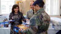 L'année dernière, les soldats avaient déjà reçu des cadeaux des mains de la maire.