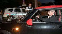 Les parents d'Alexia Daval arrivent à la reconstitution judiciaire du meurtre de leur fille, à Gray-la-Ville, le 17 juin 2019 [SEBASTIEN BOZON / AFP]