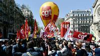 Cortège de la CGT au départ d'une manifestation contre la politique du gouvernement le 19 avril 2018 à Paris [Philippe LOPEZ / AFP/Archives]