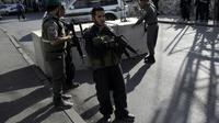 Poste de contrôle des forces de sécurité israéliennes près du quartier palestinien de Ras al-Amud, le 14 octobre 2015 à Jérusalem-Est [AHMAD GHARABLI / AFP]
