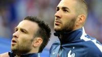 Mathieu Valbuena et Karim Benzema à Villeneuve d'Ascq le 8 juin 2014 [PHILIPPE HUGUEN / AFP/Archives]