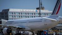 Un avion d'Air France sur le tarmac de l'aéroport de Roissy-Charles-de-Gaulle, le 7 août 2018 [JOEL SAGET / AFP/Archives]