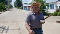 Le Chinois d'origine russe Xu Weiyi, 81 ans, dans le village frontalier de Hongjiang, en Chine. [WANG ZHAO / AFP]