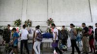 Les funérailles du militant écologiste philippin Ruben Arzaga, le 28 septembre 2017 à El Nido, membre du Palawan NGO Network Inc, abattu d'une balle dans la tête en s'approchant d'un site illégal d'abattage d'arbres dans la jungle philippine [KARL MALAKUNAS / AFP/Archives]