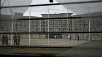Une cour de la prison de Fleury-Mérogis, en région parisienne, le 29 octobre 2015 [ERIC FEFERBERG / AFP/Archives]