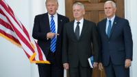 Donald Trump, le général James Mattis et le vice-président élu Mike Pence le 19 novembre 2016 à Bedminster dans le  New Jersey [Don EMMERT / AFP/Archives]