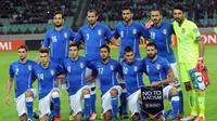 L'équipe d'Italie pose avant le match de qualification pour l'Euro-2016 contre l'Azerbaïdjan, le 10 octobre 2015 à Bakou [Vano Shlamov / AFP]
