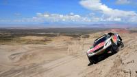 La Peugeot du Français Sébastien Loeb lors de la 4e étape du Dakar, entre San Salvador de Jujuy en Argentine et Tupiza en Bolivie, le 5 janver 2017 [FRANCK FIFE / AFP]