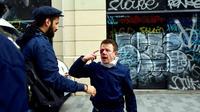 Laurent Theron blessé à l'oeil droit par une grenade de désencerclement lors d'une manifestation contre la loi Travail à Paris le 15 septembre 2016  [Greg Sandoval / AFP/Archives]