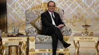 François Hollande lors de son entrevue avec la ministre des Emirats arabes unis, Noura al-Kaabi, après son arrivée à Abou Dhabi, le 2 décembre 2016 [STEPHANE DE SAKUTIN / AFP]