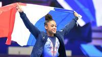 La gymnaste française Mélanie De Jesus Dos Santos championne d'Europe du concours général à Szczecin en Pologne le 12 avril 2019 [Janek SKARZYNSKI / AFP]