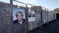 Des panneaux électoraux, le 19 avril 2017 à Hénin-Beaumont [PHILIPPE HUGUEN / AFP/Archives]