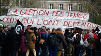 Rassemblement à Nantes d'anciens opposants au projet d'aéroport de Notre-Dame-des-Landes, le 19 mars 2018 [LOIC VENANCE / AFP]