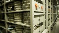 Des bobines de films soigneusement entreposées sur le site de Packard de la Bibliothèque du Congrès américain, le 10 février 2011 à Culpeper, en Virginie [JIM WATSON / AFP/Archives]