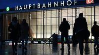 La gare de Cologne, le 13 janvier 2016, où des agressions sexuelles ont été commises sur des femmes lors de la nuit de la Saint-Sylvestre 2015/2016 [PATRIK STOLLARZ / AFP/Archives]