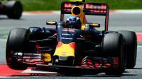 Le Néerlandais Max Verstappen au volant de sa Red Bull lors du  GP d'Espagne de F1, sur le circuit de Montmelo près de Barcelone, le 15 mai 2016 [TOM GANDOLFINI / AFP]