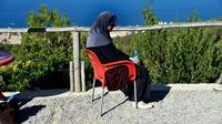 Linda, une Algérienne mère de trois enfants, abandonnée par son mari lorsqu'elle a appris qu'elle avait un cancer de sein, à Alger le 15 novembre 2017. [RYAD KRAMDI / AFP/Archives]