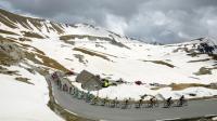 Le peloton sur le Col de la Bonette, le 28 mai 2016 lors de la 20e étape du 99e Giro d'Italia entre Guillestre et Sant'Anna di Vinadio [LUK BENIES / AFP/Archives]