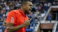 Jo-Wilfried Tsonga lors du match contre Billie Jean King à l'US Open de tennis le 2 septembre 2015 à New York [KENA BETANCUR / AFP]