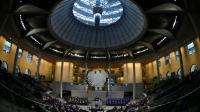 Les députés allemands au Bundestag pour voter sur le déploiement de soldats et d'avions en soutien à la France dans la lutte contre l'EI, le 4 décembre 2015 à Berlin [TOBIAS SCHWARZ / AFP]