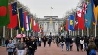 Les drapeaux des pays membres du Commonwealth plantés le long de l'avenue menant à Buckingham Palace, dans le centre de Londres le 15 avril 2018 [Ben STANSALL / AFP/Archives]