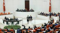 Le président turc Recep Tayyip Erdogan (C) s'adresse au députés du parlement, le 1er octobre 2016 à Ankara [ADEM ALTAN / AFP]