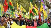 Manifestationà Marseille le 12/10/2019, pour protester contre l'offensive turque dans le nord de la Syrie, malgré le tollé international et les menaces de sanctions américaines [Boris HORVAT / AFP]
