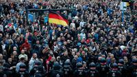 Des manifestants d'extrême droite défilent à Chemnitz, épicentre de la protestation anti-étrangers en Allemagne, le 27 août 2018 [Odd ANDERSEN / AFP/Archives]