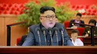 Photo fournie par l'agence officielle nord-coréenne Kcna du leader Kim Jong-Un, le 29 août 2016 à Pyongyang [KNS / KCNA/AFP/Archives]