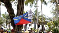 """Un rassemblement de """"gilets jaunes"""" à Saint-Denis de la Réunion, le 24 novembre 2018 [Richard BOUHET / AFP]"""