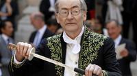 François Weyergans, lors de la cérémonie de son entrée à l'Académie française, le 16 juin 2011 à l'Institut de France à Paris [FRANCOIS GUILLOT / AFP/Archives]